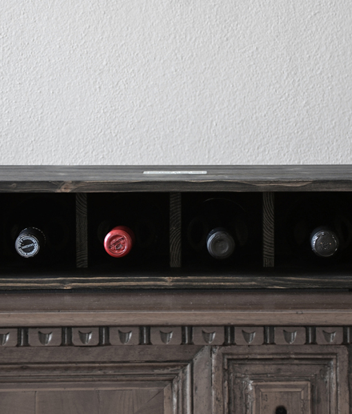 Vesoto charming wine rack